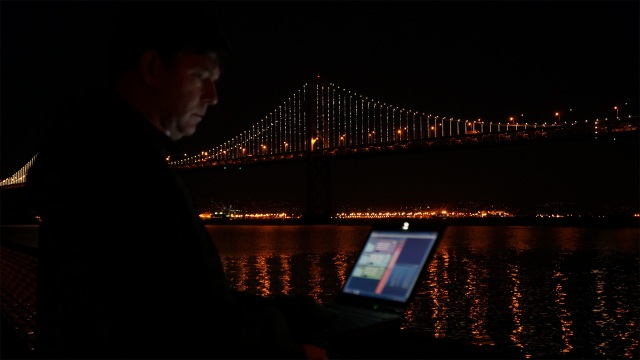The Bay Lights Project: Attaching 25,000 Lights to the Bay Bridge