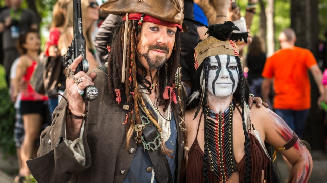 Adam Savage Incognito as Jack Sparrow at Dragon*Con 2013