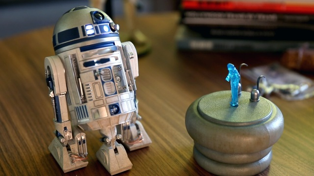 Show and Tell: R2-D2 Sixth Scale Figure