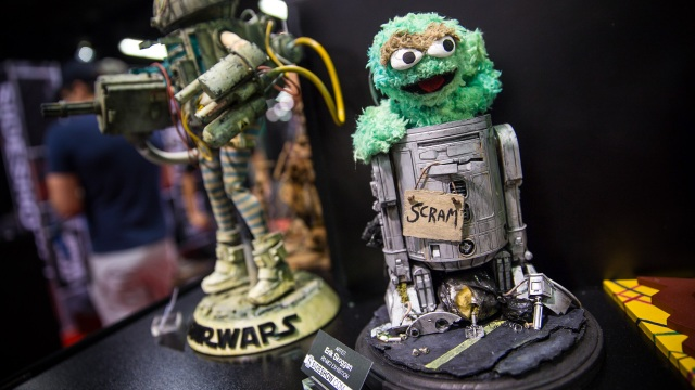 Sideshow Collectibles' R2-ME2 Custom Droid Project