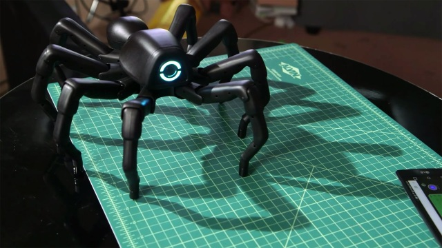 Show and Tell: Robugtix T8X Robot Spider