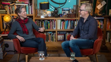 The Talking Room: Adam Savage Interviews Author Mary Roach
