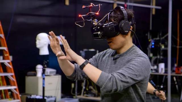 USC Mixed Reality Lab's VR Redirected Walking Demo