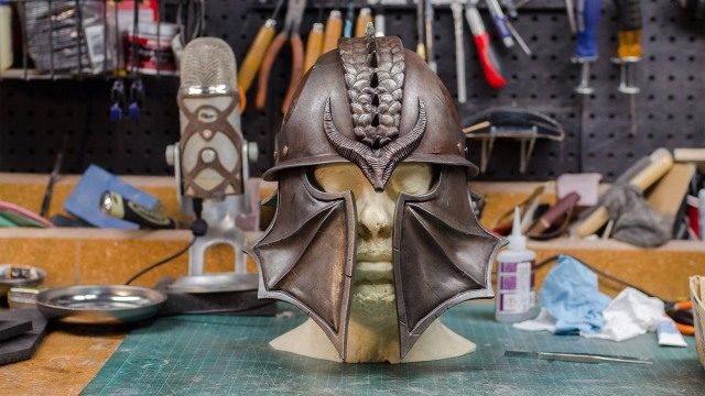 How To Paint a Realistic Rusty, Metal Helmet