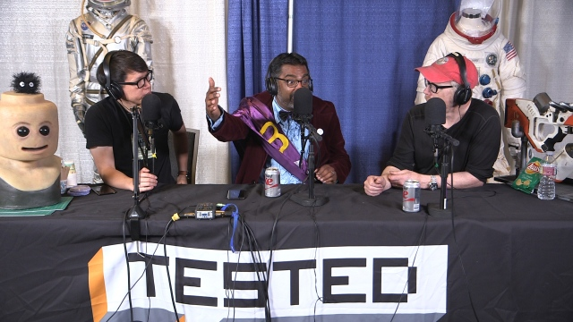 Silicon Valley Comic Con and Science March!  – Still Untitled: The Adam Savage Project – 4/25/17