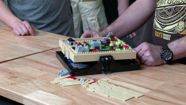 LEGO with Friends: Labyrinth Maze, Part 4