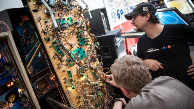 Bits to Atoms: Modding 'The Getaway' Pinball Machine