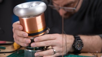 Let's Build: Tiny Tesla Coil, Part 2