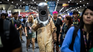 Adam Savage Incognito at Comic-Con 2018!