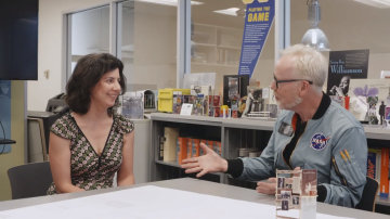 Adam Savage Meets a Smithsonian Exhibit Designer!