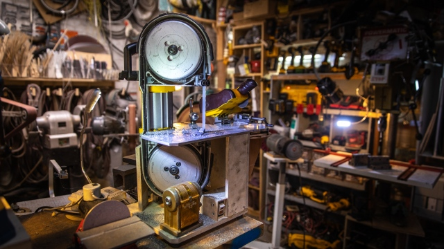 Adam Savage's One Day Builds: Mini Bandsaw Upgrade!