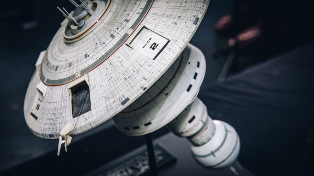 Scale Model Miniatures from Star Wars, Alien, and Star Trek!