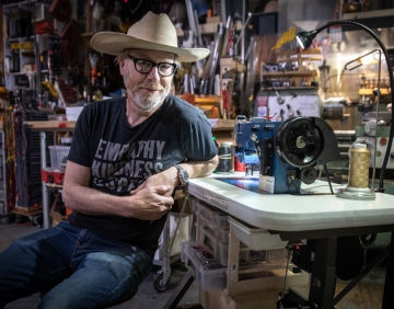 Adam Savage's One Day Builds: New Sewing Machine Station!