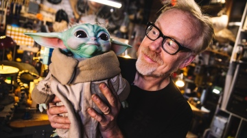 Adam Savage Reviews Sideshow's Life-Size Baby Yoda Figure!