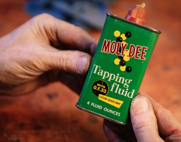 Adam Savage's Favorite Tools: Moly Dee Tapping Fluid