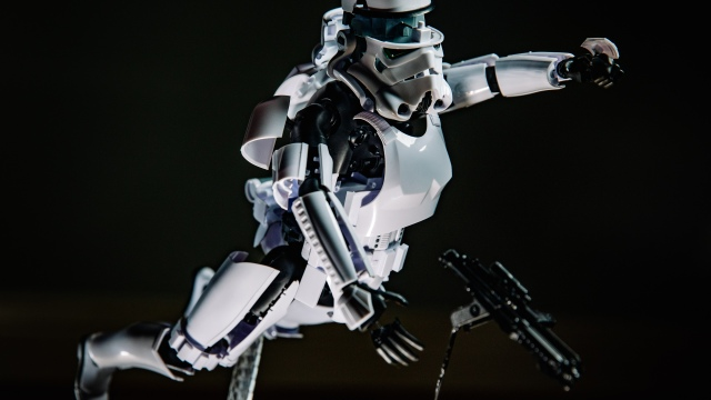 Stormtrooper Exploded-View Model Kit Build!