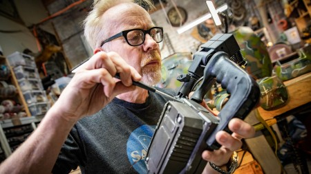 Adam Savage's One Day Builds: Aliens Colonial Marines Should…