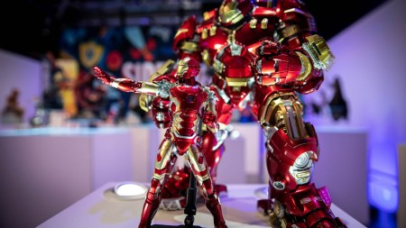 Iron Man, Stranger Things, and Transformers at Sideshow Con …