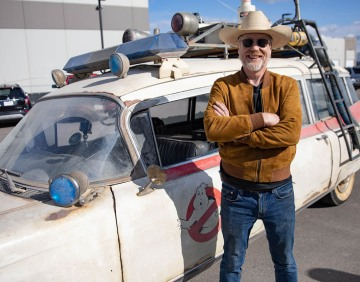 Adam Savage Drives Ghostbusters: Afterlife's Ecto-1!